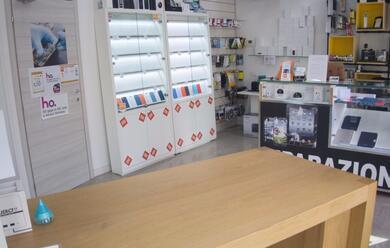 Immagine News - ravenna-nuovo-furto-al-negozio-di-informatica-moxma-bottino-ingente