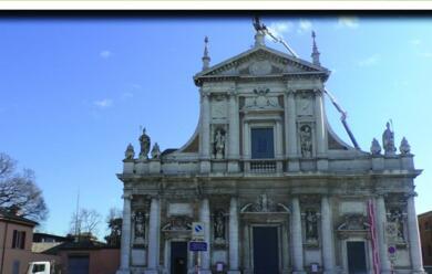 Immagine News - ravenna-al-via-la-raccolta-fondi-per-salvare-santa-maria-in-porto
