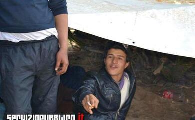 ravenna-primo-foreign-fighter-rimpatriato-in-tunisia-fu-arrestato-in-italia-nel-2015