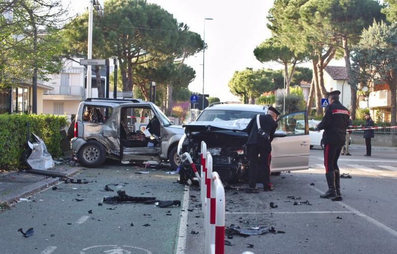 Immagine News - cervia-brucia-uno-stop-e-travolge-unauto-muore-29enne