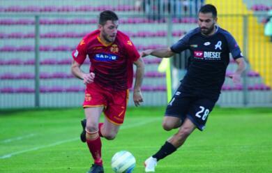 Immagine News - calcio-c-ravenna-imolese-au-un-derby-da-quoticsquot-tra-le-due-grandi-sorprese-del-girone