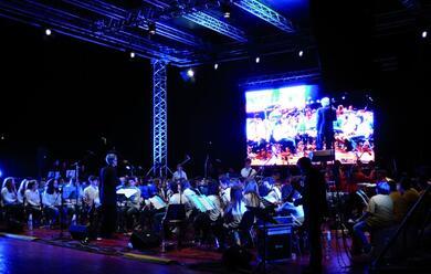 Immagine News - dai-pazzi-di-jazz-ai-concerti-nei-bar-e-nei-teatri-del-festival-ravenna-jazz
