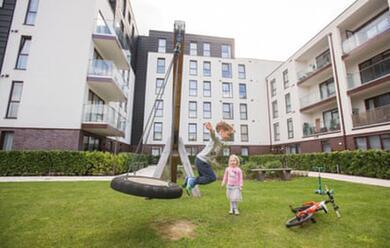 Immagine News - giocare-in-cortile-a-ravenna-al-via-la-rivoluzione-nei-condomini