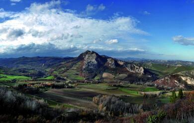 Immagine News - collina-il-25-maggio-appuntamenti-tra-carnau-riolo-e-borgo-rivola-cion-la-festa-del-parco