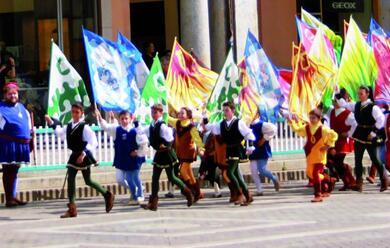 Immagine News - faenza-il-mese-del-palio-si-parte-con-la-gara-delle-bandiere-under-21-in-gara-domenica-2-giugno
