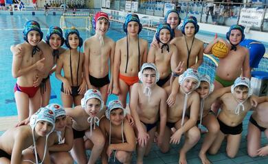 nuoto-il-club-2000-faenza-sorride-con-resta-e-le-baby-dellartistico-mentre-au-ai-titoli-di-coda-la-stagione-della-pallanuoto