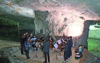 Immagine News - musica-sottoterra-e-non-solo-classica-alla-cava-marana