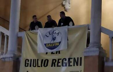 Immagine News - ferrara-dopo-la-vittoria-al-ballottaggio-la-lega-copre-lo-striscione-dedicato-a-giulio-regeni