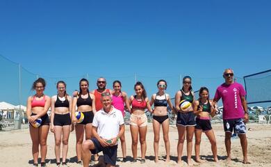 beach-volley-scatta-gioveda-dal-bagno-fantini-la-stagione-ravennate-sulla-sabbia