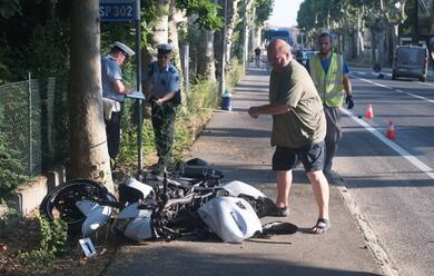 Immagine News - russi-schianto-in-moto-gravissimo-centauro