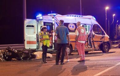Immagine News - castiglione-di-cervia-moto-contro-ambulanza-muore-centauro-28enne