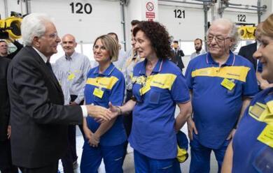 Immagine News - bologna-il-presidente-mattarella-ha-inaugurato-il-nuovo-hub-logistico-di-poste-italiane