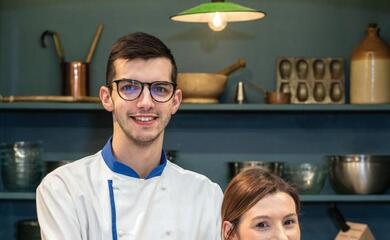 faenza-erica-sangiorgi-saimpone-a-bake-off-the-professional-in-inghilterra