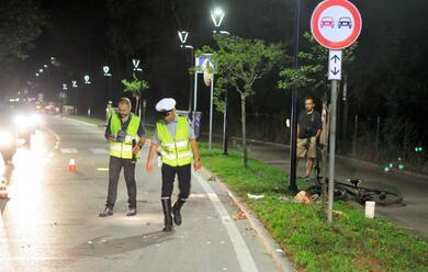 Immagine News - marina-romea-travolge-ciclista-e-scappa-e-caccia-al-pirata