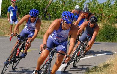 Immagine News - triathlon-di-faenza-domenica-mattina-lo-spettacolo-au-assicurato-con-ledizione-numero-26