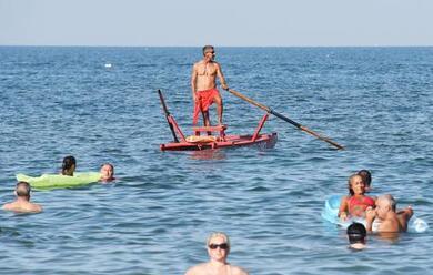 Immagine News - rimini-acqua-del-mare-ok-da-gioveda-si-pua2-tornare-a-fare-il-bagno