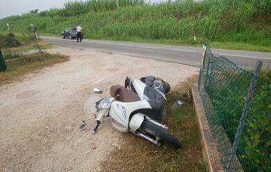 Immagine News - lido-di-dante-scooter-contro-auto-una-donna-finisce-al-bufalini