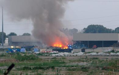 Immagine News - ravenna-incendio-sulla-baiona-larpae-quotvalori-dossine-dentro-i-termini-di-leggequot