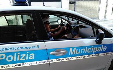 ravenna-controllati-con-il-targa-system-2500-veicoli-con-60-violazioni
