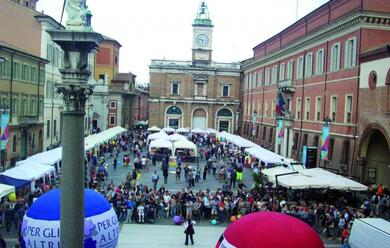 Immagine News - ravenna-il-14-torna-la-festa-del-volontariato-in-piazza-del-popolo