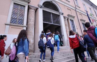 Immagine News - scuola-oggi-si-torna-in-classe-in-emilia-romagna-620mila-studenti-coinvolti-aumentano-gli-insegnanti-precari