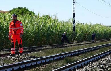 Immagine News - cesena-una-ragazzina-di-13-anni-si-toglie-la-vita-gettandosi-sotto-un-treno