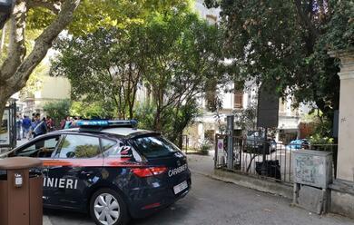 Immagine News - rimini-37enne-arrestato-per-aver-molestato-un-17enne-in-ascensore