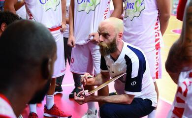 basket-a2-lorasa-di-cancellieri-prepara-il-debutto-in-campionato-a-forla-quotcarichiamoci-i-tifosi-in-spallaquot