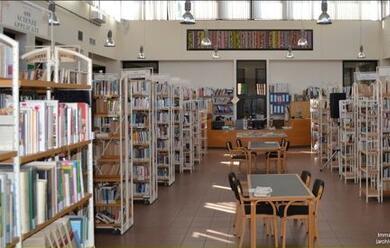 Immagine News - castel-bolognese-torna-la-rassegna-quottutti-al-museo-e-in-bibliotecaquot.-frankie-hi-nrg-mc-presenta-il-suo-libro
