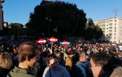 Immagine News - le-sardine-riempiono-piazza-san-giovanni-a-roma-in-tantissime-anche-dalla-romagna