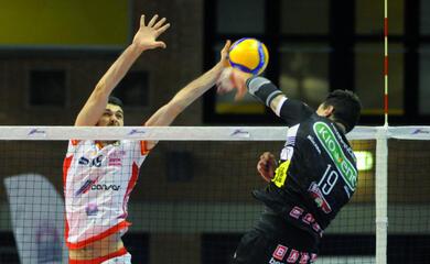 volley-superlega-tra-pass-olimpici-campionato-e-coppa-italia-per-la-consar-au-un-gennaio-quotparticolarequot