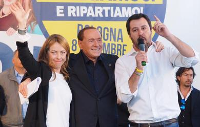 Immagine News - elezioni-regionali-salvini-meloni-e-berlusconi-alle-18-in-piazza-del-popolo-a-ravenna