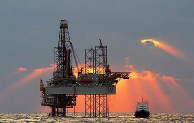 Immagine News - ravenna-oilandgas-altro-duro-colpo-emendamento-5-stelle-stoppa-le-ricerche-fino-ad-agosto-2021
