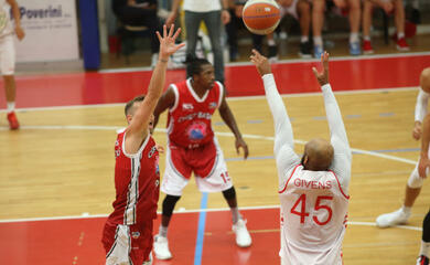 basket-a2-nuovi-positivi-nel-gruppo-squadra-orasa-in-quarantena-fiduciaria