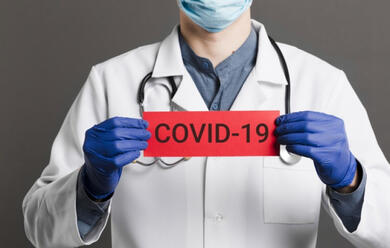 Immagine News - covid-19-1427-nuovi-casi-e-33-decessi-in-e-r-ravenna-240-1-decesso-rimini-222-4-imola-65-0