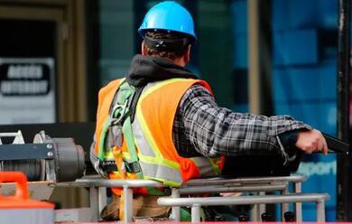 Immagine News - provincia-di-ravenna-nel-2020-occupazione-in-calo-del-46-pari-a-meno-8.200-posti-di-lavoro
