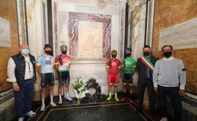 ciclismo-lo-spagnolo-ayuso-ha-vinto-il-giro-di-romagna-per-dante-alighieri