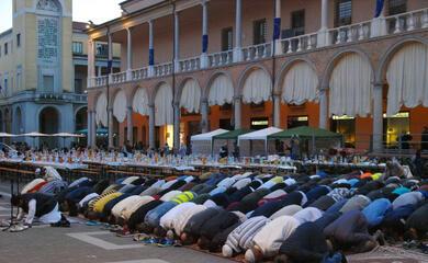 ramadan-a-faenza-ultima-preghiera-in-anticipo-per-rispettare-il-coprifuoco