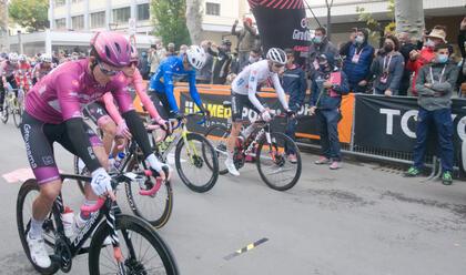 Immagine News - ciclismo-sabato-parte-il-giro-ditalia-presentate-le-quattro-tappe-emiliano-romagnole-dalla-montagna-al-mare