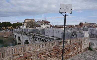 rimini-il-ponte-di-tiberio-festeggia-i-duemila-anni-con-minecraft
