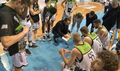 basket-b-intervista-a-coach-serra-arekico-che-stagione-sono-pronto-a-restarea