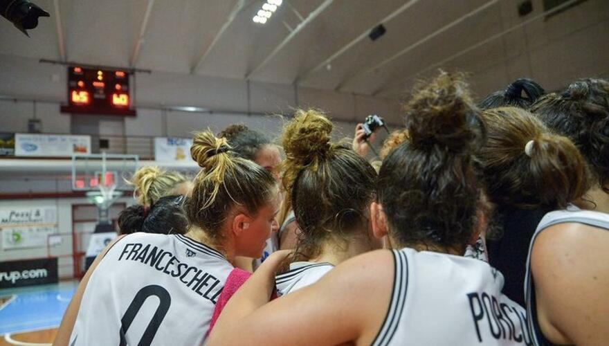Immagine News - basket-donne-faenza-au-in-festa-e-work-promossa-in-serie-a1