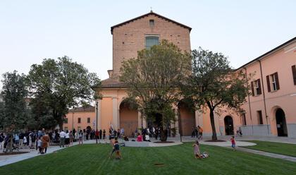 lugo-rinnovata-piazza-savonarola-in-centro-con-il-presidente-bonaccini