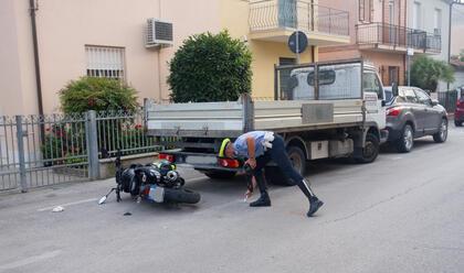 Immagine News - ravenna-moto-contro-furgone-feriti-due-minorenni
