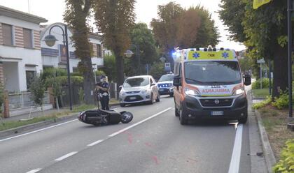 Immagine News - bagnacavallo-perde-il-controllo-dello-scooter-e-rovina-a-terra-au-gravissimo