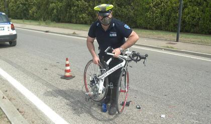 Immagine News - lido-adriano-suv-travolge-ciclista
