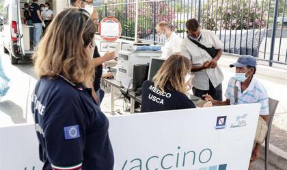 vaccini-donini-ass-alla-sanita-rigidi-protocolli-di-sicurezza-per-le-scuole.-angelini-dip.-sanita-pubblica-da-ottobre-mezzi-mobili-per-vaccinarsi-anche-davanti-alle-scuole