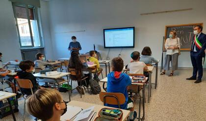 Immagine News - faenza-la-giunta-nelle-scuole-della-citta-per-il-rientro-degli-studenti