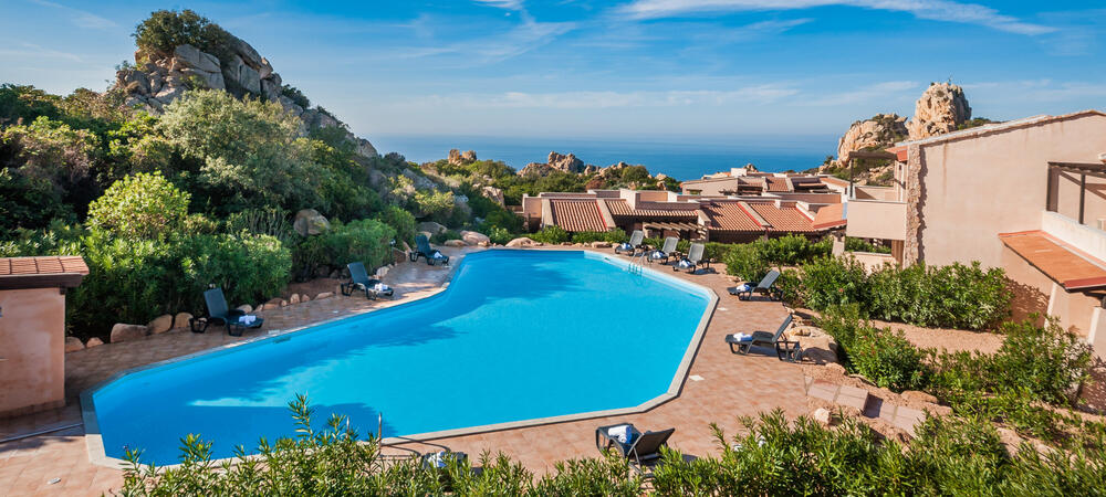 mirahotels en villa-with-pool-sardinia-c57 007