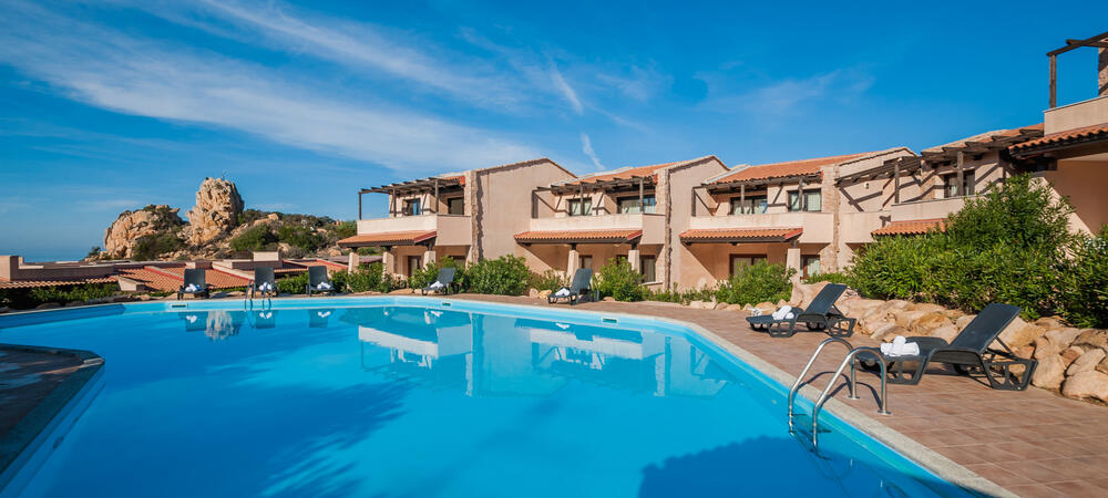 mirahotels en villa-with-pool-sardinia-c57 008